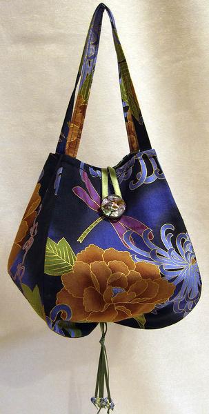Noriko Handbag Pattern by LazyGirl Designs